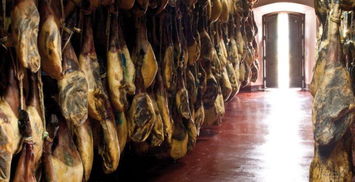 Un diario nacional recomienda hacer una escapada de pata negra a Jabugo y Aracena