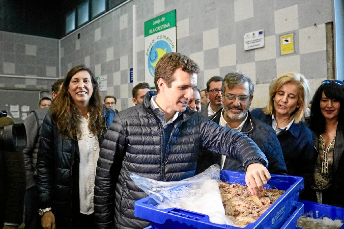 El líder del Partido Popular Pablo Casado visita Huelva