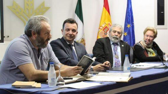 Francisco Silvera desgrana la obra de Juan Ramón Jiménez en la Academia de La Rábida