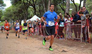 Cerca de un millar de corredores participaron en la prueba disputada en la Pradera de San Isidro.