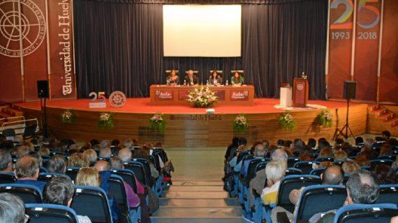 Más de 800 mayores de Huelva y provincia inician curso en el Aula de la Experiencia