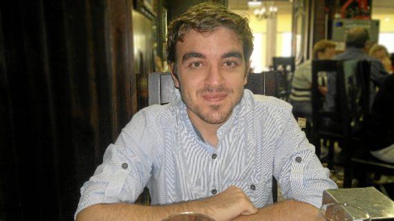 Adrián Vaz Encinas, un geólogo y especialista en tecnología ambiental que destaca por su expediente