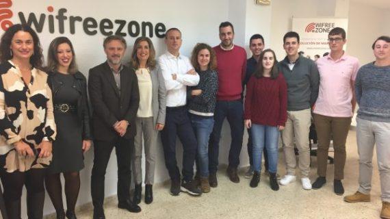 El PSOE llevará banda ancha gratis a todos los municipios para acabar con la brecha digital