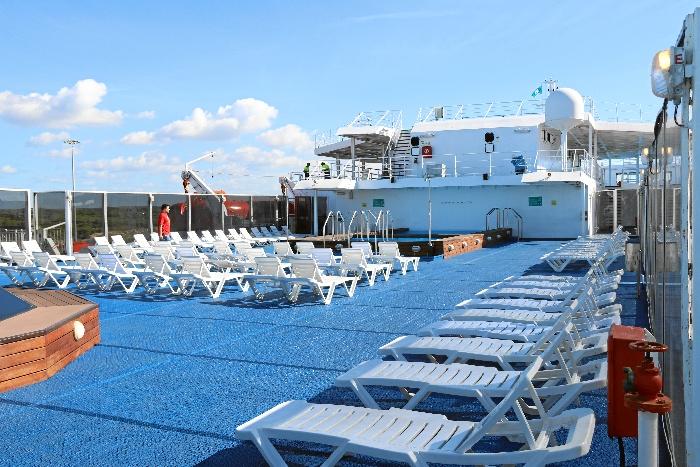 Baleària ofrece más de 100 puestos de trabajo a bordo de sus buques