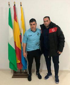 Cristian Agüero -izquierda-, junto al que será su segundo, Raúl Delgado. / Foto: CD Pinzón.