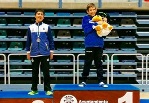 Bernabé Padilla, plata, junto a Guillermo Nuviala, campeón, en el individual Sub 13.