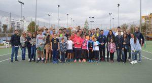 Participantes en el III Torneo de Tenis 'Laguna de El Portil'.