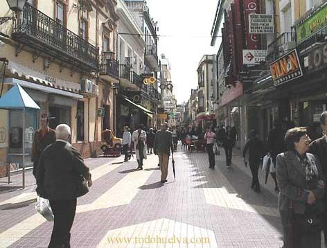 Centro de Huelva, lleno de comercio y hostelería