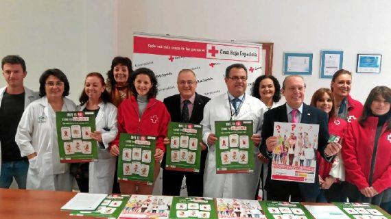 El Hospital Infanta Elena y Cruz roja celebran el Día Mundial contra el Sida