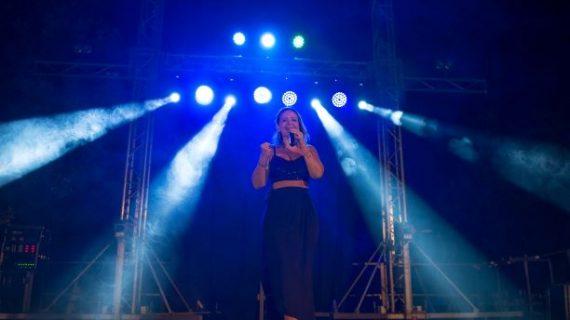 Vicky Corbacho regresará a principios de año a Latinoamérica para promocionar su nuevo disco