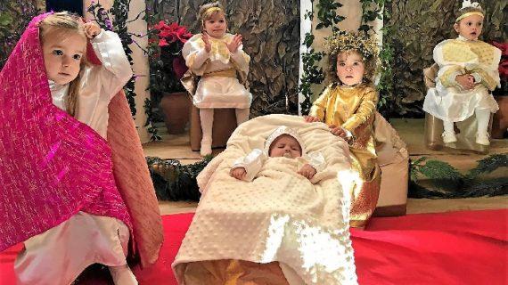Isla Cristina acoge un Belén Viviente con niños de 0 a 3 años