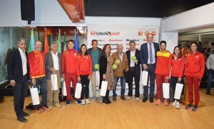 Un momento de la inauguración de la Piscina Municipal de Punta Umbría, ahora convertida en un completo Centro Deportivo.
