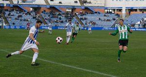 Decepción tras el empate del Decano ante el Atlético Sanluqueño. / Foto: Pablo Sayago.