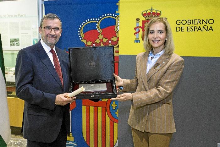 Huelva conmemora el Día de la Constitución con la entrega del  Premio Martín Alonso Pinzón a Rafael Terán