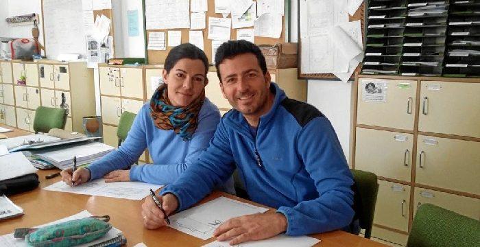 Cerca de 400 personas del IES Clara Campoamor reproducen El Quijote de forma manuscrita en una iniciativa inédita