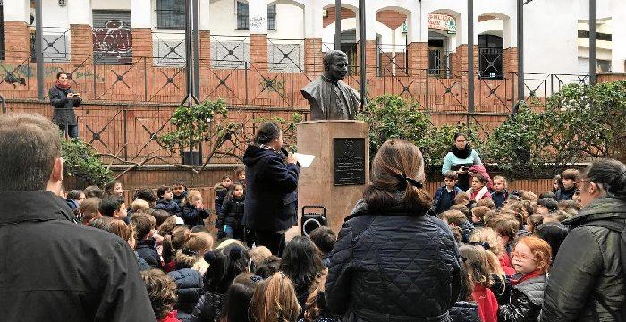 Cantos y aplausos cierran la semana de los fundadores del colegio Cardenal Spínola