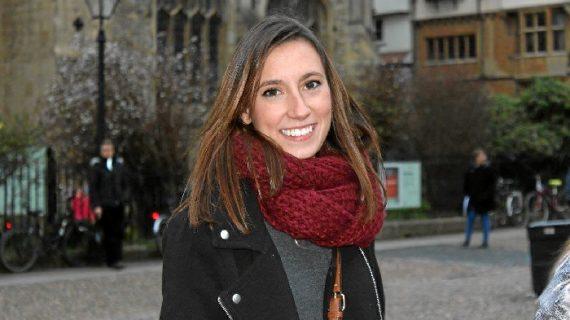 Ana Ruano, una enfermera onubense que desempeña su profesión en Oxford