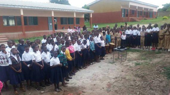 La solidaridad de Huelva culmina un proyecto de educación juvenil en Costa de Marfil