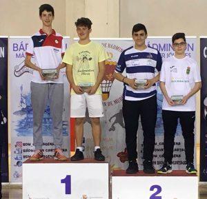 En los dobles masculino Sub 15, Antonio Macías logró la medalla de plata.
