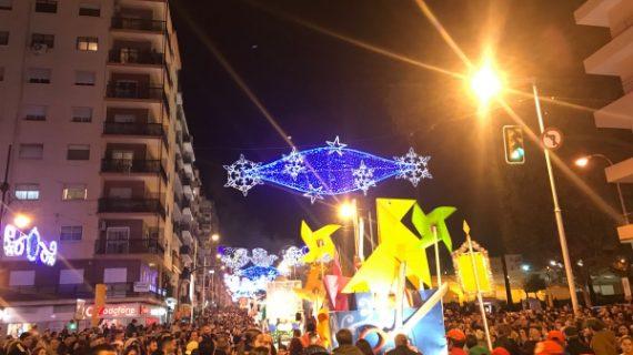 Huelva se inunda de ilusión con la Cabalgata de los Reyes Magos de Oriente