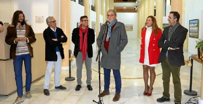 Una exposición de Manuel Cordero nos acerca a la inmensidad del mar en Moguer