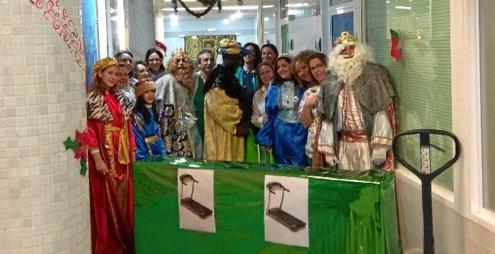 El área de Pediatría del Juan Ramón Jiménez cuenta con una cinta de correr para pruebas médicas