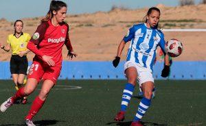 La brasileña Ludmila Barbosa, muy contenta por su debut con el Sporting y su gol. / Foto: www.lfp.es.
