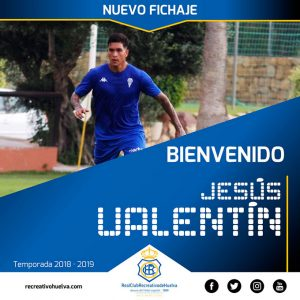 El Recre ha anunciado el fichaje del central Jesús Valentín. / Foto: @recreoficial.