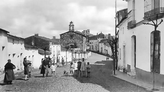 Calle y ermita de San Sebastián, Cortegana años 40 del siglo XX