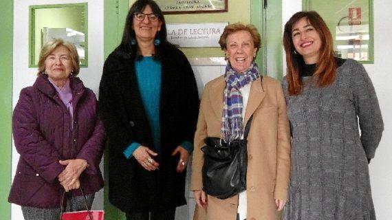 Nuevos fondos incorporados al legado de la profesora Aurora León Alonso en la Biblioteca de la UHU