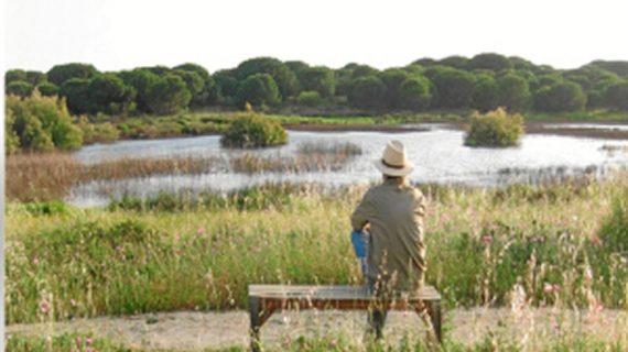 Miguel Díaz Morant presenta en Punta Umbría su libro sobre la vegetación onubense