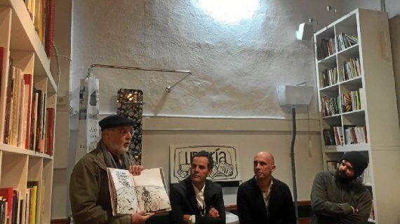Concurrida presentación del libro sorpresa de un librero de Moguer
