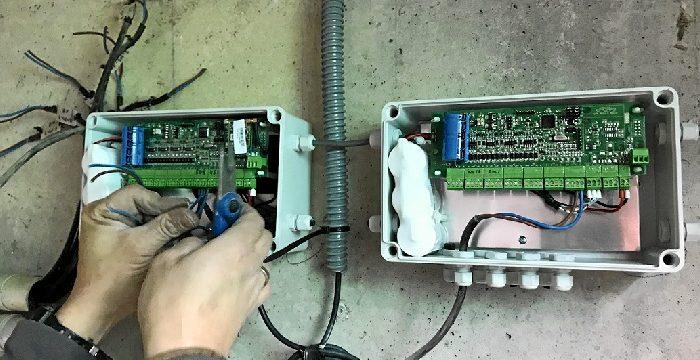 La Comunidad de Regantes Palos de la Frontera continúa con la instalación del telecontrol del agua de riego