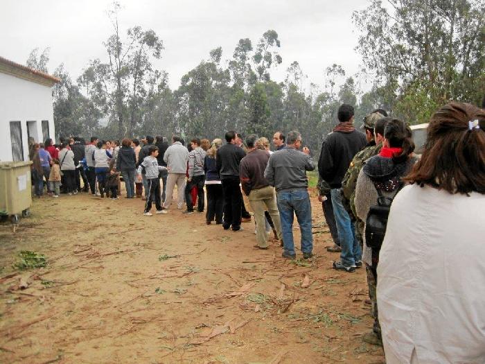 Los vecinos de Villarrasa viven un día de convivencia en honor a su Patrón