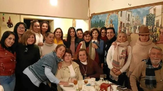 Villarrasa reconoce la labor de los auxiliares de ayuda a domicilio