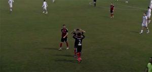 Momento posterior al primer gol del Cartaya en Pozoblanco. / Foto: Captura Cartaya TV.