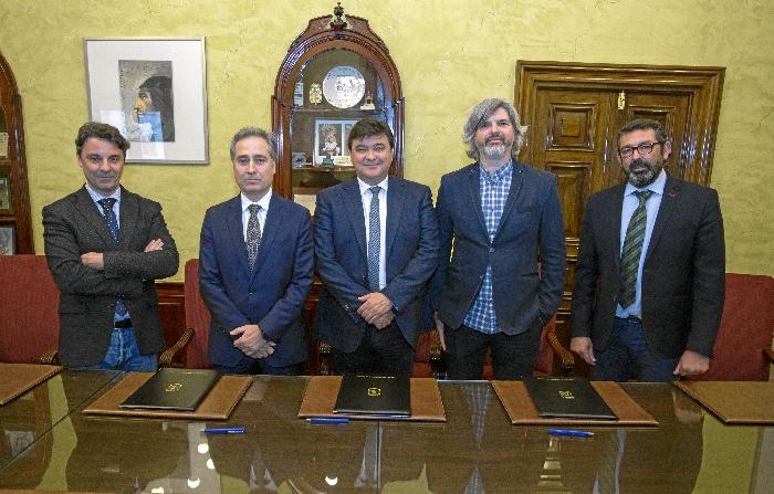 El Ayuntamiento impulsa la creación de la Escuela de Oficios de Ferrovial Servicios con la colaboración de la Asociación Manantiales
