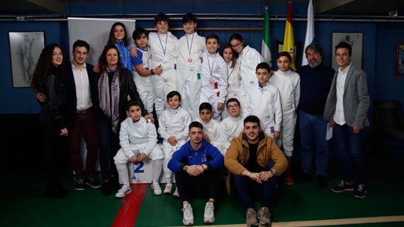 La esgrima onubense brilla en el Torneo de Espada M14 'Ciudad de Huelva'