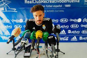 Marc Martínez, portero del Recre, advierte del peligro de confiarse en el partido del domingo en Jumilla. / Foto: @recreoficial.