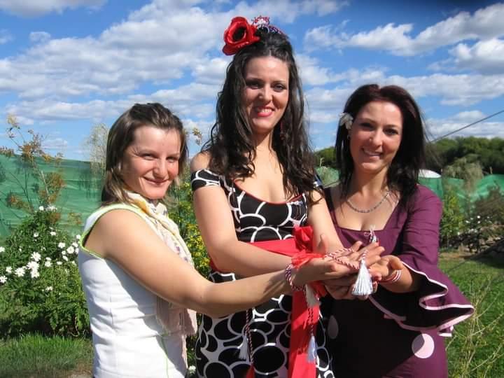 La comunidad rumana da la bienvenida a la primavera con la celebración del Martisor