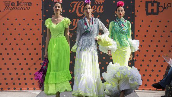 Trece diseñadores han presentado sus propuestas en la pasarela 'Holea y Olé