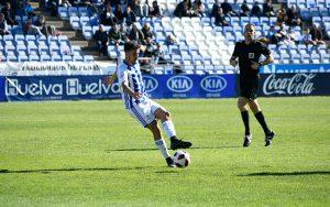Buen partido del Recre ante un Real Murcia que nunca se entregó. / Foto: Pablo Sayago.