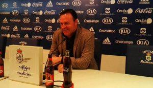 José María Salmerón, entrenador del Recreativo de Huelva, durante la comparecencia ante los medios de este viernes. / Foto: @recreoficial.