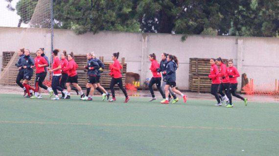 El Sporting Puerto de Huelva regresó a los entrenamientos ya con la mente puesta en su 'final' ante el Rayo Vallecano