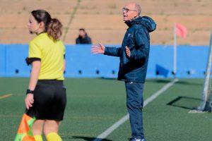 Antonio Toledo, entrenador del Sporting, espera que la afición onubense apoye a su equipo el domingo en La Orden. / Foto: www.lfp.es.