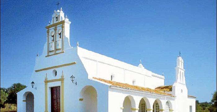 El Almendro, cinco siglos siendo testigo de la historia del Andévalo tras su traslado de Osma