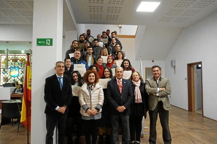 Entregados los diplomas del programa PICE