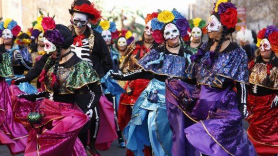 Gran Cabalgata de Carnaval en Isla, con casi 2.000 participantes