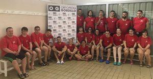 Componentes del CODA que toman parte en Dos Hermanas en el Campeonato de España de Natación.
