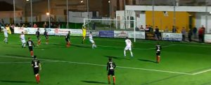 Gran triunfo del Cartaya en su partido en Lebrija ante el Atlético Antoniano. / Foto: Captura Lebrija TV.